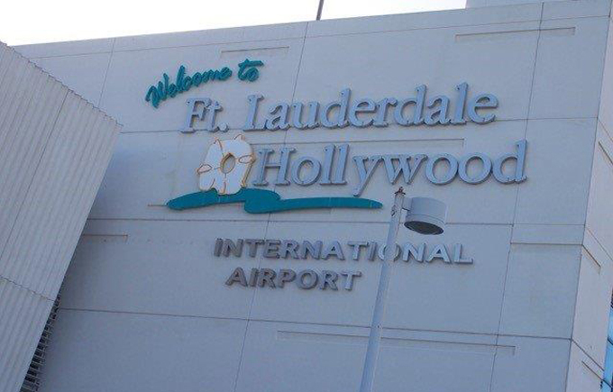 Airport Shuttle to and from Naples to Ft. Lauderdale International Airport in and near Florida